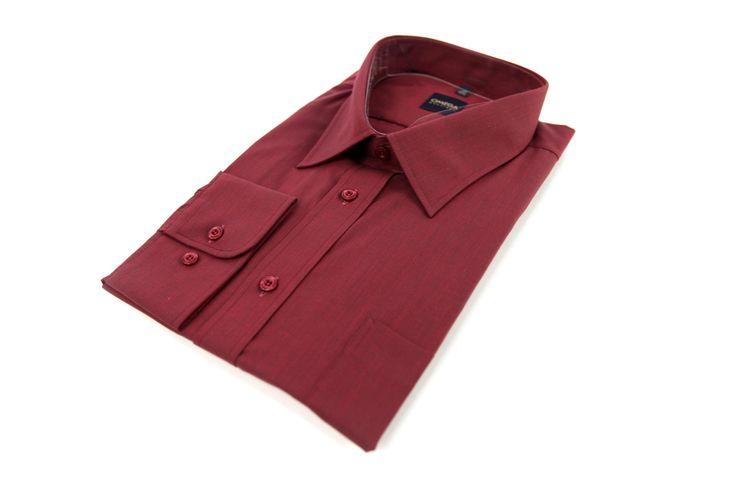 Koszula Omega w kolorze mocnego bordo. Idealna do ciemnej marynarki. Skład: 100% bawełna.