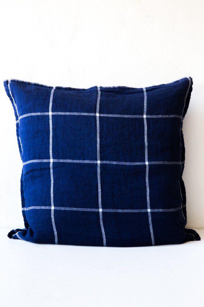 linge particulier tartan blue pillow