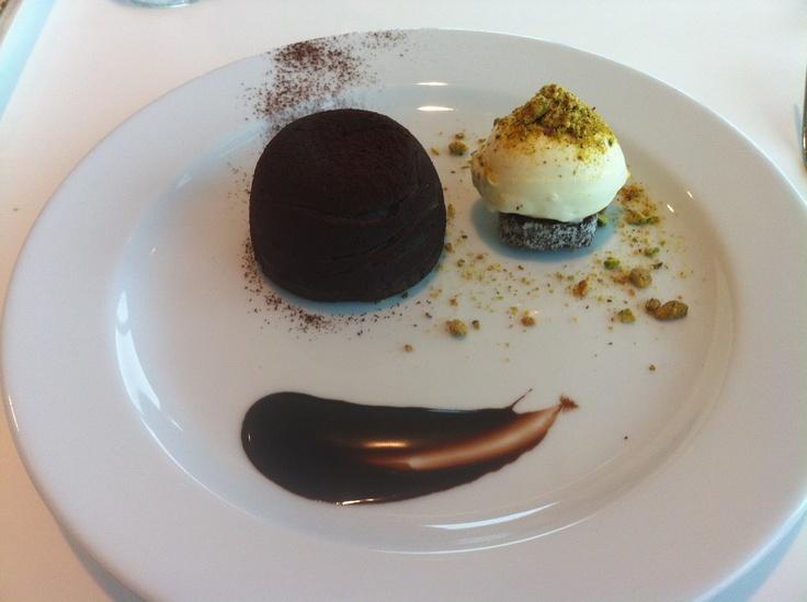 http://moveablechef.blogspot.com.au/2012/04/ok-but-not-awesome-chocolate-fondant.html    Blog post