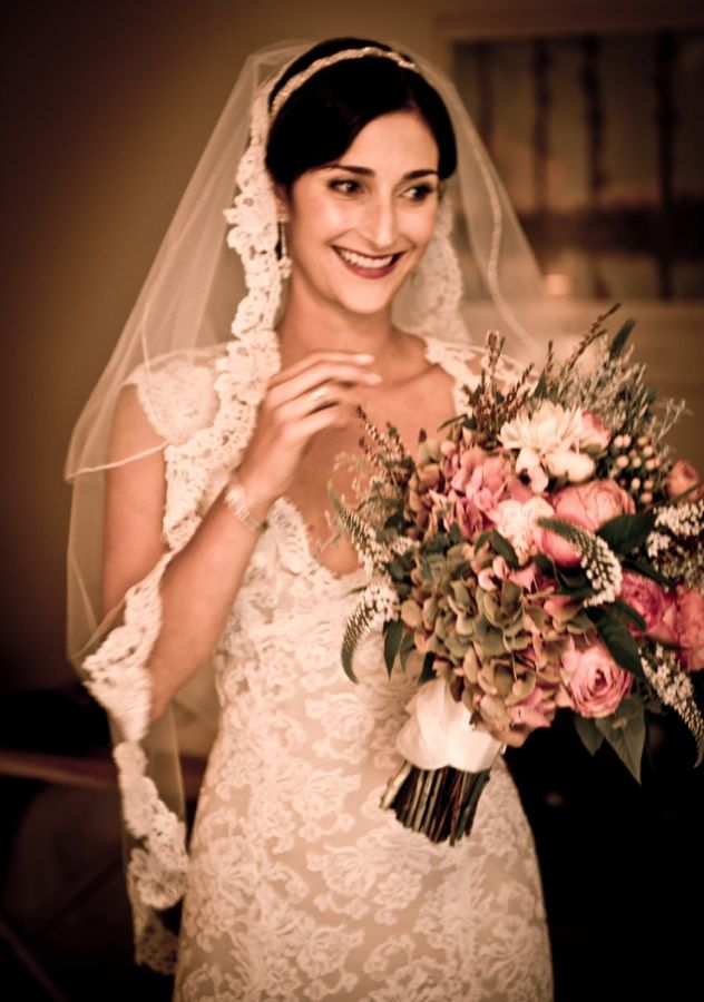 Amazing i want a vintage veil Find this Pin and more on Mexican wedding dresses