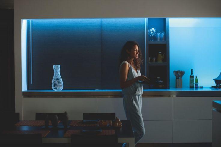 MOBILIARIO ILUMINADO, DISEÑO QUE DESLUMBRA. El mobiliario iluminado nos está cautivado, por la unión perfecta entre funcionalidad y estética. #IluminacionInteligente #DiseñodeIluminacion #Tecnologia #Domotica #CasaInteligente #HogarInteligente #AutomatizaciondeEspacios #ExperienciaVisual #BombillosInteligentes #NuevasTendencias