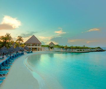 Puerto Morelos - Dreams Riviera Cancun Resort and Spa - All-Inclusive - A magical and enchanting wonderland where families, couples, singles, and friends will enjoy all the pleasures for vacationing.