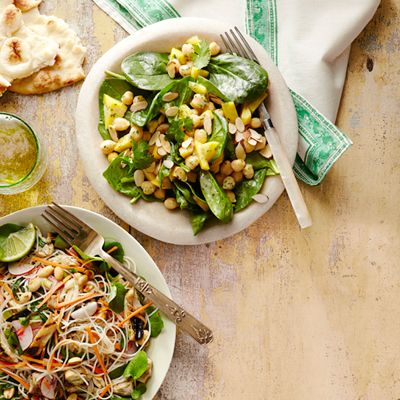 This chickpea and mango salad borrows flavors from Indian cuisine and packs a ton of vitamins and antioxidants. #vegetables #fruit #myplate