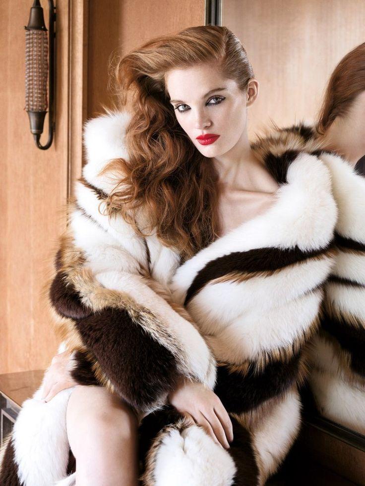 Journal: Harper's Bazaar Serbia October 2017 Model: Alexina Graham Photographer: Andrea Klarin