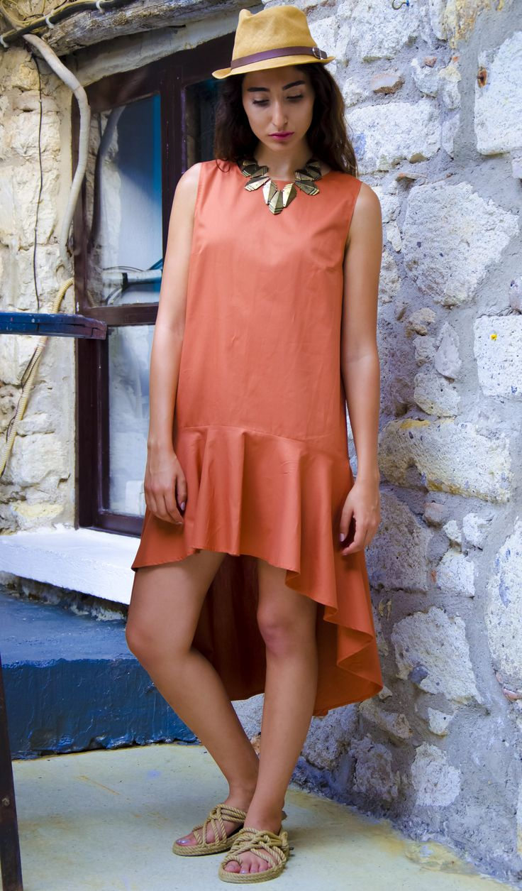 Trendy chic dress