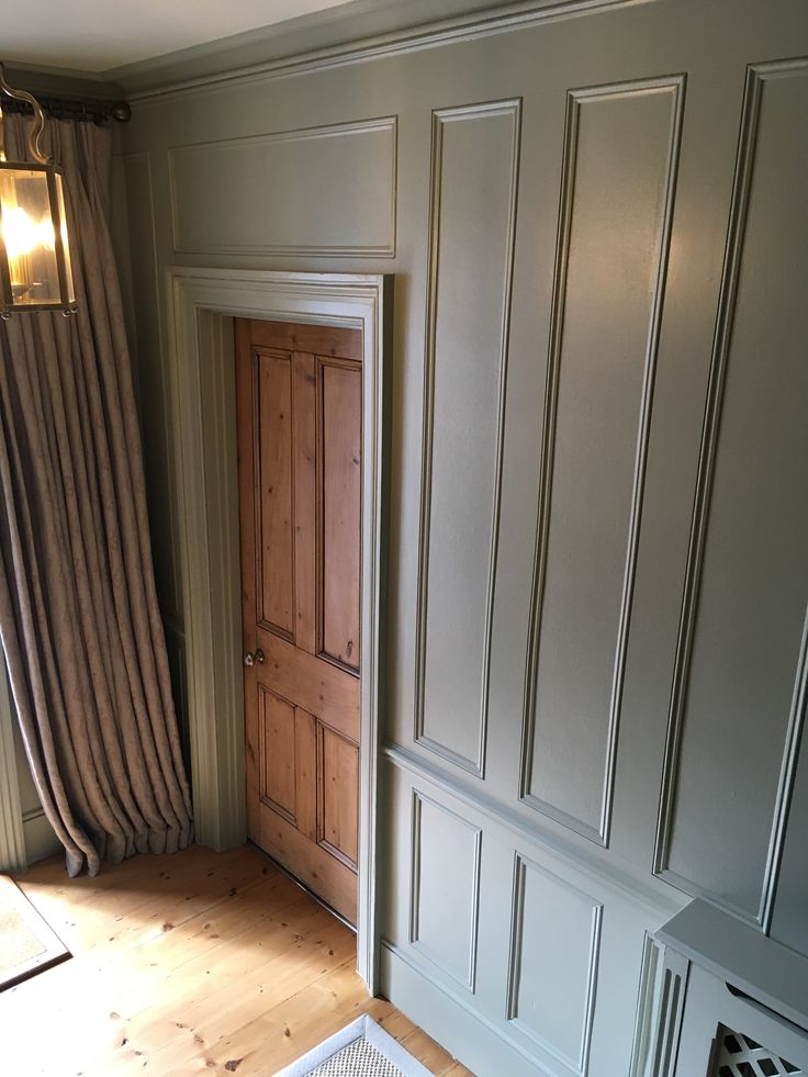 Farrow Amp Ball French Gray No 18 Panelled Hallway Home In