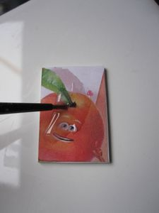 insérer une image sur support fimo noyée dans fimo liquide