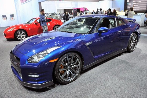 Nissan GTR Dream car!!!!!!!<3  I WILL own this car one day!!!