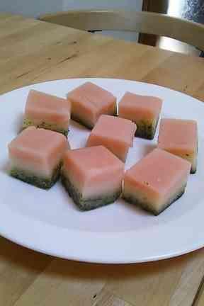 ひな祭りミニチュア菱餅(ういろう風)