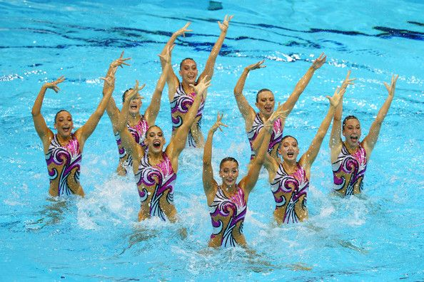 Olympics+Day+13+Synchronised+Swimming+MhhFWHypVv9l.jpg (594×396)