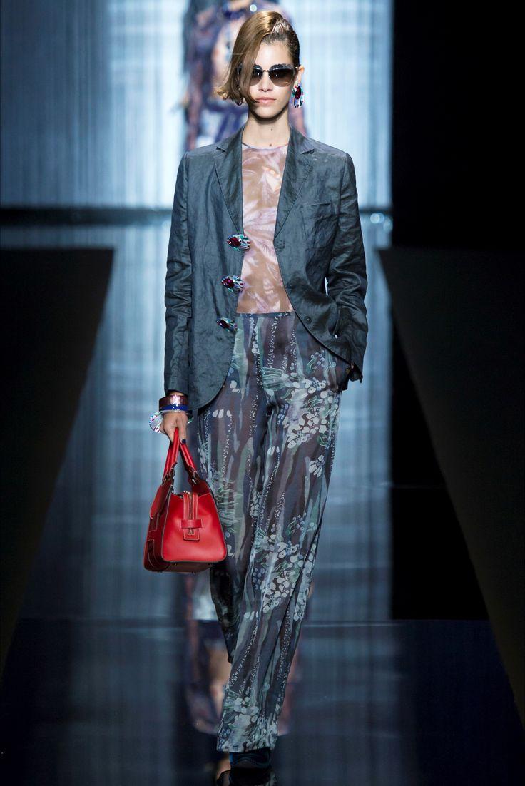 Sfilata Giorgio Armani Milano - Collezioni Primavera Estate 2017 - Vogue