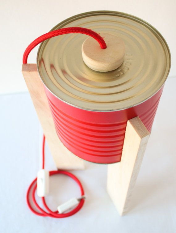 Lampada da tavolo rossa. Eco-lampada. Upcycling di studioGET