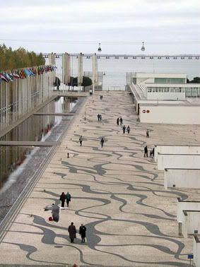 parque das nações lisboa expo 98 Portugal calçada portuguesa