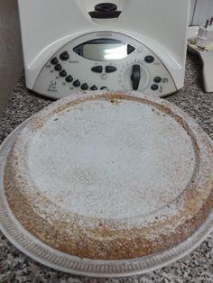 CROSTATA MORBIDA  INGREDIENTI:  180 gr di zucchero  3 uova  200 gr di farina 00  100 gr di latte  100 gr di olio di semi  10 gr di lievi...