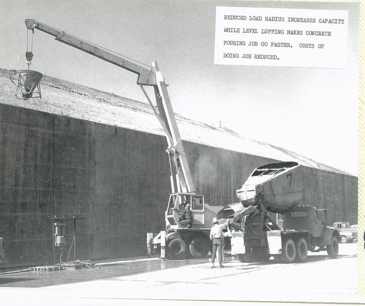 15 ton hopper pouring concrete hopper suverkrane cranes for Pouring concrete in the cold