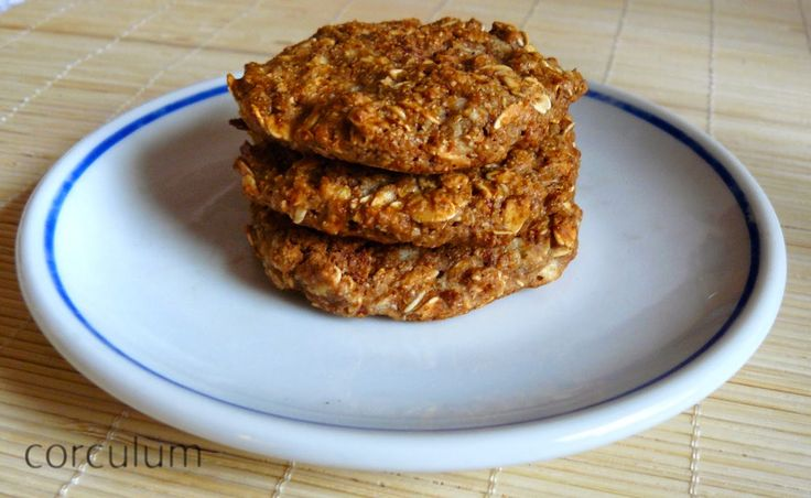 Apple wholewheat biscuits