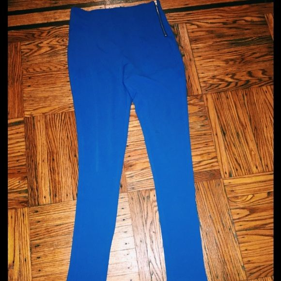 High waisted blue pants. This blue is electric! Never worn. High waisted form fitting blue skinny pants. Sorry no trades. Please make all offers via the offers tab. Pants Skinny