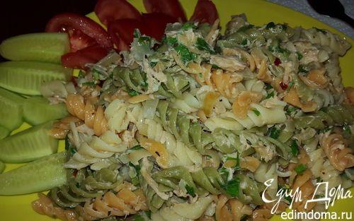 Цветная паста с тунцом в сливочном соусе   Кулинарные рецепты от «Едим дома!»