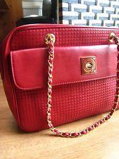 Love Moschino en cuir rouge matelassé texture sac à main sac à bandoulière chaîne sangles
