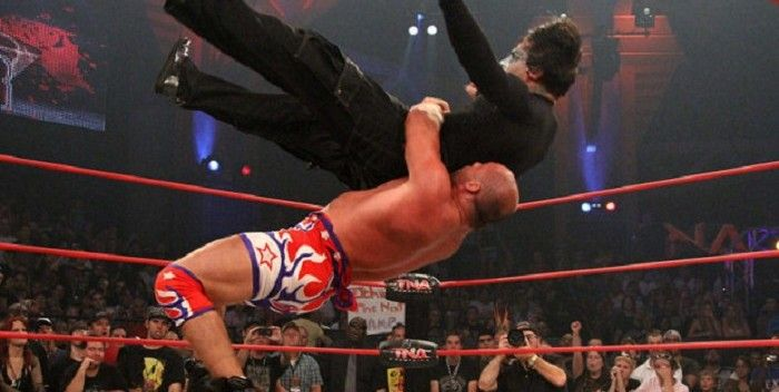 5 FAKE Wrestling Moves That Will Help You Win A REAL Fight