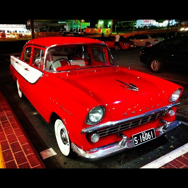 Classic Holden on the GC - hot