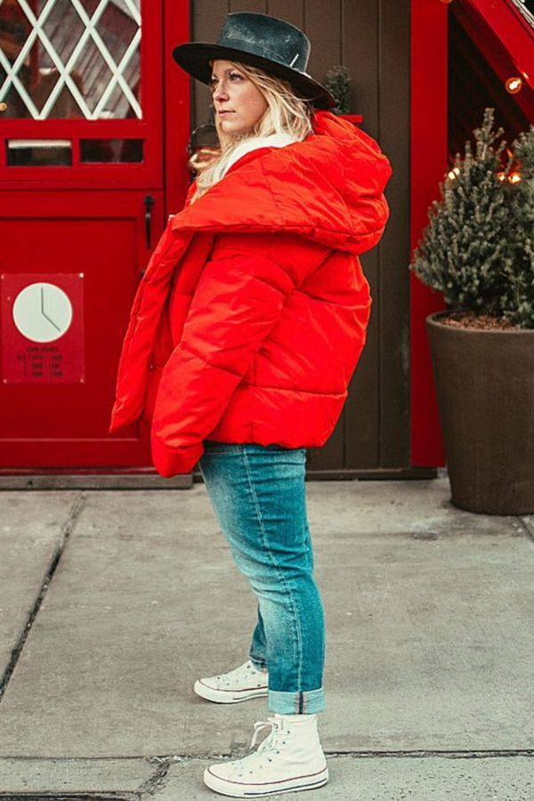 Red coat outfit | NYC street style winter | Puffer coat outfit winter | Winter street style | Winter puffer coats | Winter outfits women | Fashion blogger style | Winter outfits casual | NYC blogger street style | ASHLEE ROSE HARTLEY Autumn Fashion Curvy, Plus Size Fall Fashion, Curvy Fashion, Autumn Winter Fashion, Women's Fashion, Red Coat Outfit, Winter Coat Outfits, Winter Outfits Women, Curvy Street Style