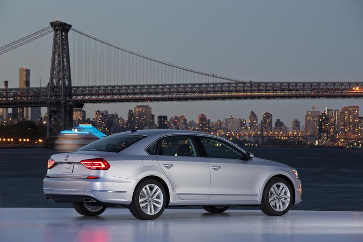 The larger Volkswagen Passat, aimed at the North American market, get a refresh for the 2016 model year.