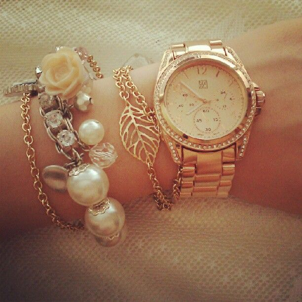 I would actually wear a watch like this!!