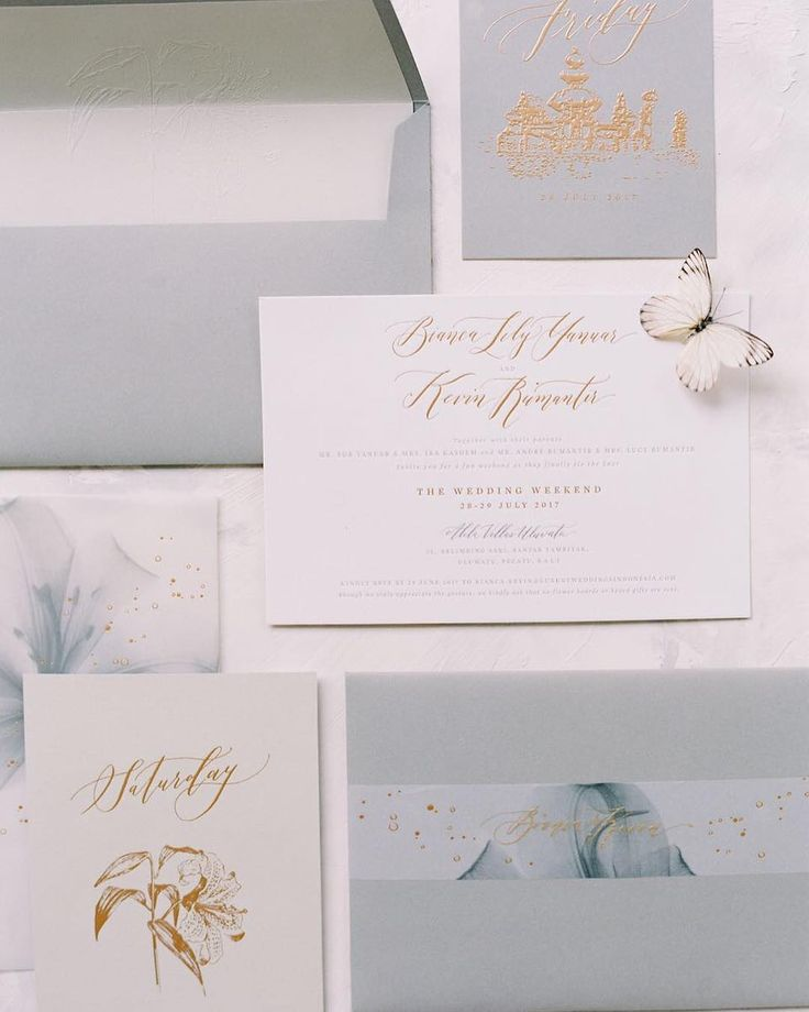 Finally got to see the beautiful photo of this Custom wedding invitation suite i did for @biancalily  Styled by @flying_bride and captured by @anggapermanaphoto