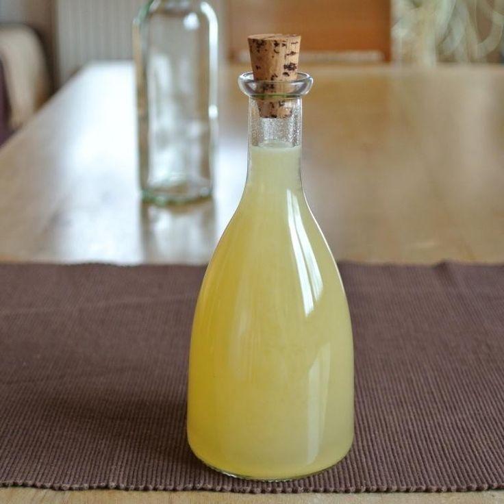 Grundrezept für selbstgemachten Zitronensirup