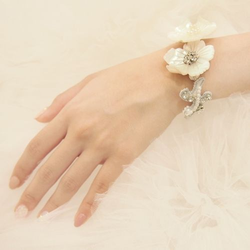 SHELL BRACELET - トリートドレッシング|THE TREAT DRESSING ONLINE STORE