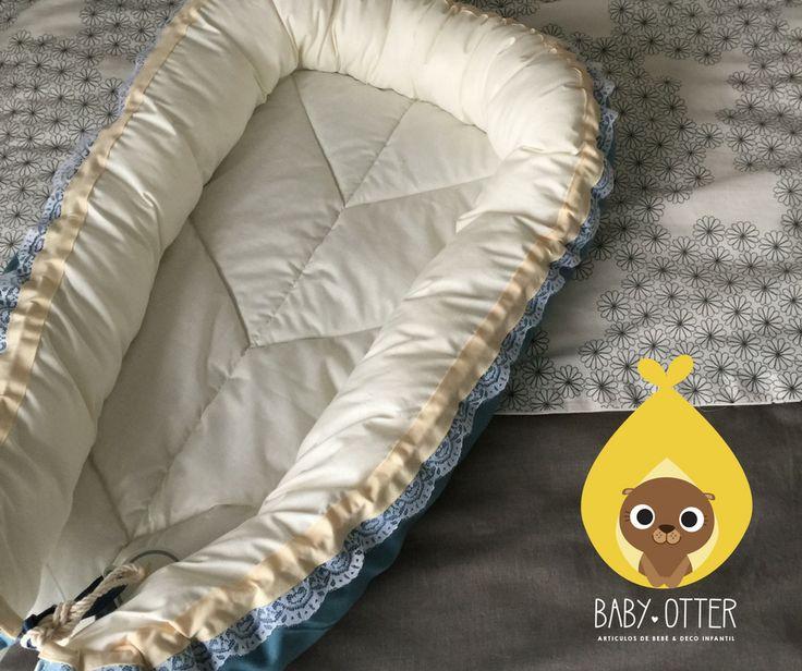 Nidos colecho, baby nest chile.  Modelo Azul Petróleo + Blondas. 100% Algodón.  Reversible. Lavable. Algodón.  Confeccionadas pensando en la forma del útero materno, para que una vez que tu bebé nazca, se siga sintiendo rodeado y protegido con el más puro amor.