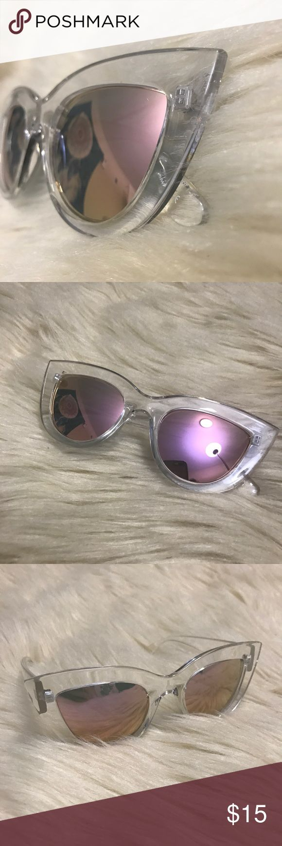 Clear rimmed mirrored cat eyed sunglasses Only worn once, super cute! 🐾PAWSitively Posh Boutique🐾 Accessories Sunglasses