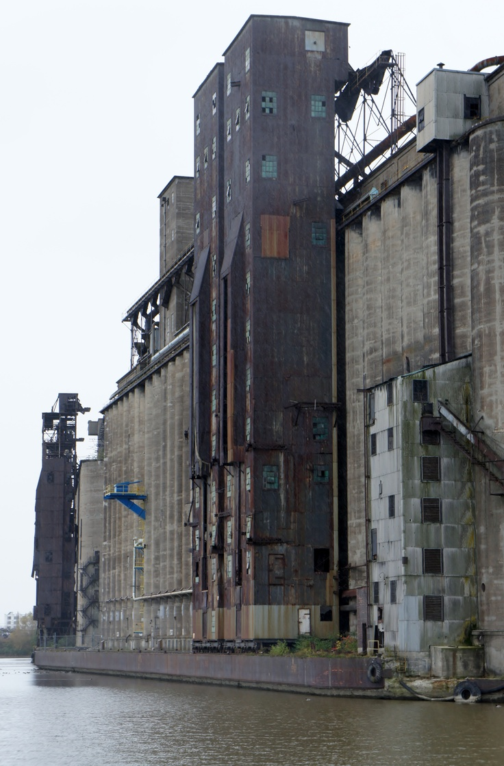 Old grain mills in Buffalo NY My Dad use to work for General Mills.