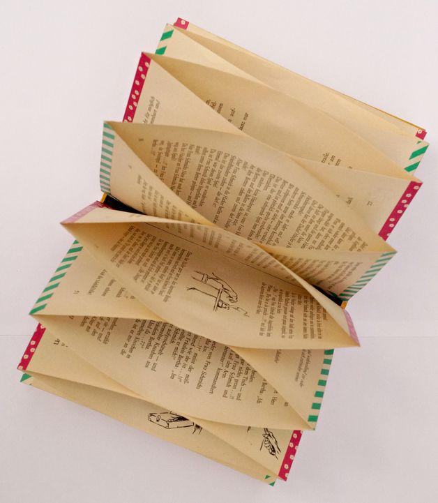 Weiteres - Buchhüllen - Organizer - ein Designerstück von farbspuren bei DaWanda