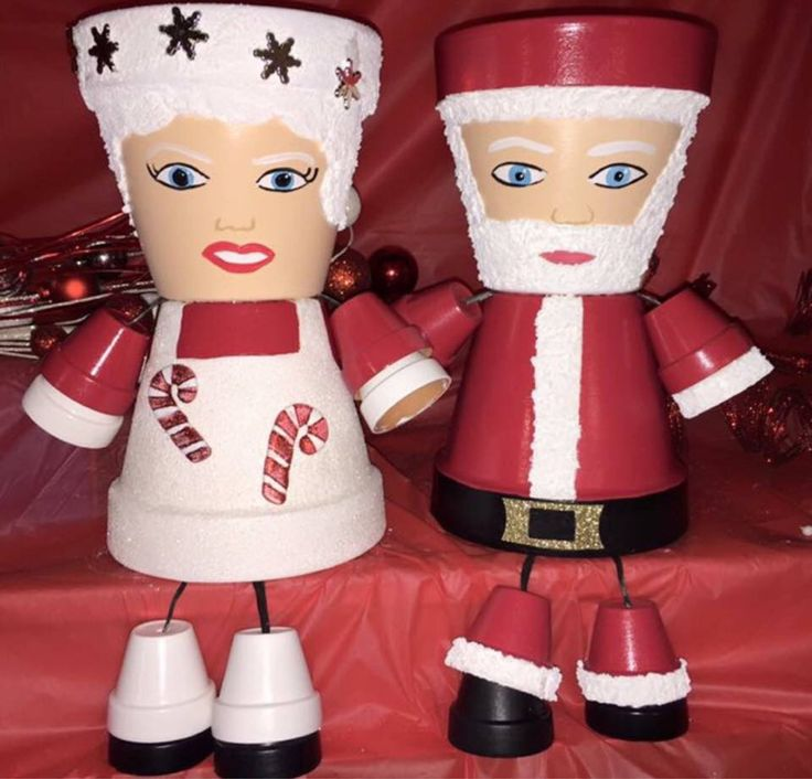 Santa & Mrs. Clause Christmas Decoration, Santa Flower Pot People, Santa Pot Person, Mrs. Clause xmas decor, clay pot people planters ARE YOU LOOKING FOR AN ORIGINAL GIFT FOR THAT SPECIAL SOMEONE?? If so, you came to the right place!! This set, Santa & Mrs. Clause are absolutely