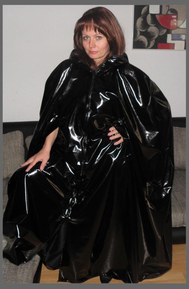 Cape.Friseurumhang.Mantel.Kittel LACKLEDER Lack Latex   Kleidung & Accessoires, Kostüme & Verkleidungen, Sonstige   eBay!