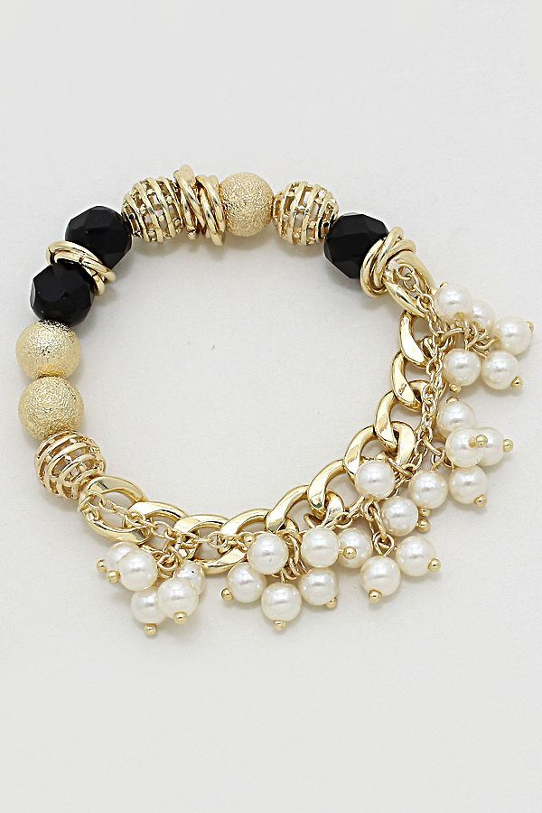 I think this is a very pretty bracelet.