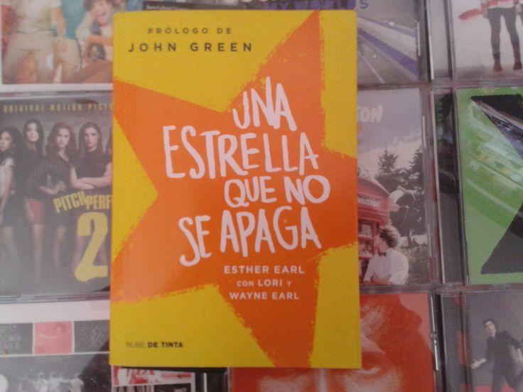 """""""Una estrella que no se apaga"""" escrito por Esther Earl:"""
