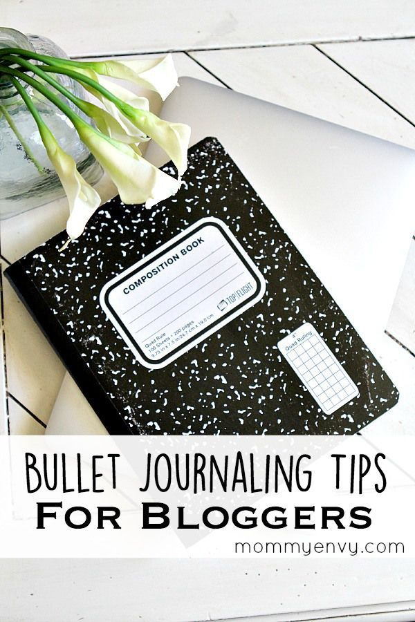 Bullet journaling tips for bloggers. Do you have an editorial calendar that works? This one is fully customizable! Get organized with a bullet journal system. Found on mommyenvy.com