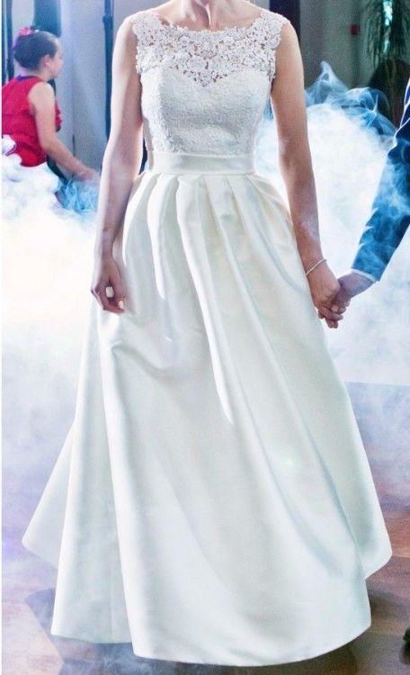 35f61aec0b Suknia ślubna z gipiury i jedwabiu