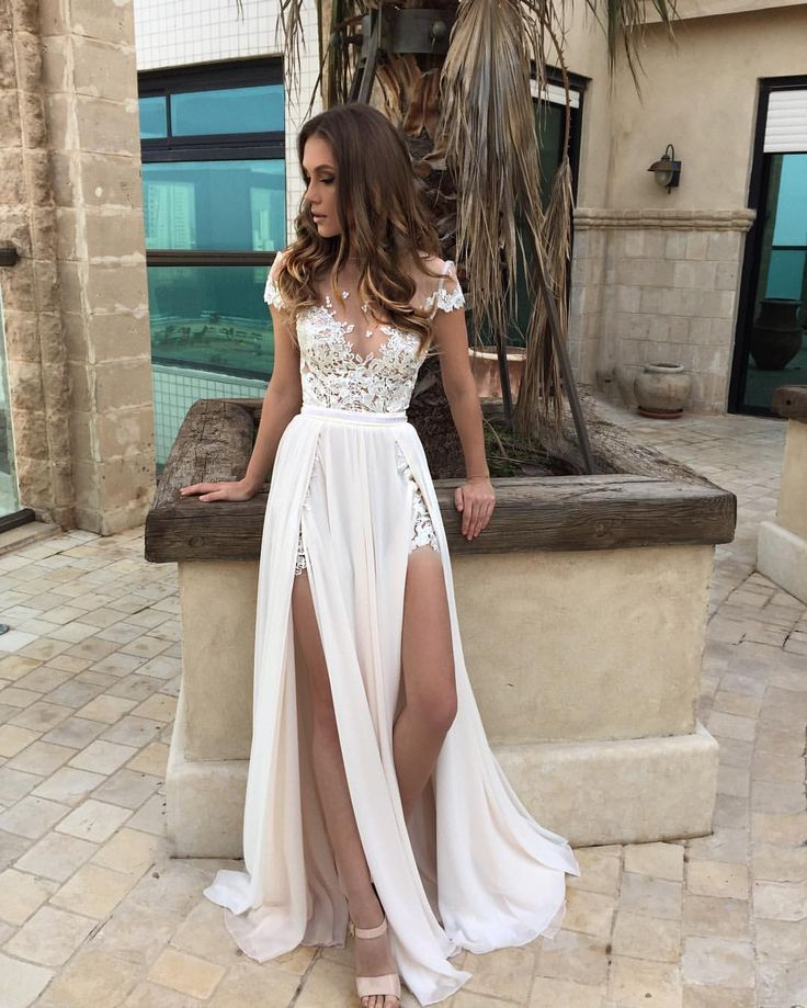 Dream dress by BERTA / See this Instagram photo by @bertabridal • 14.6k likes