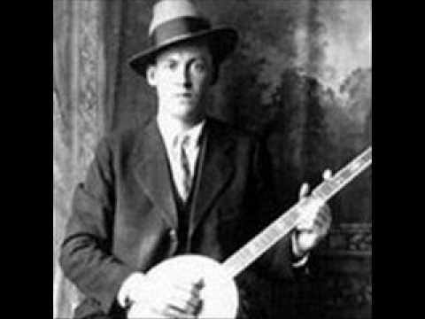 Dock Boggs-Country Blues - YouTube