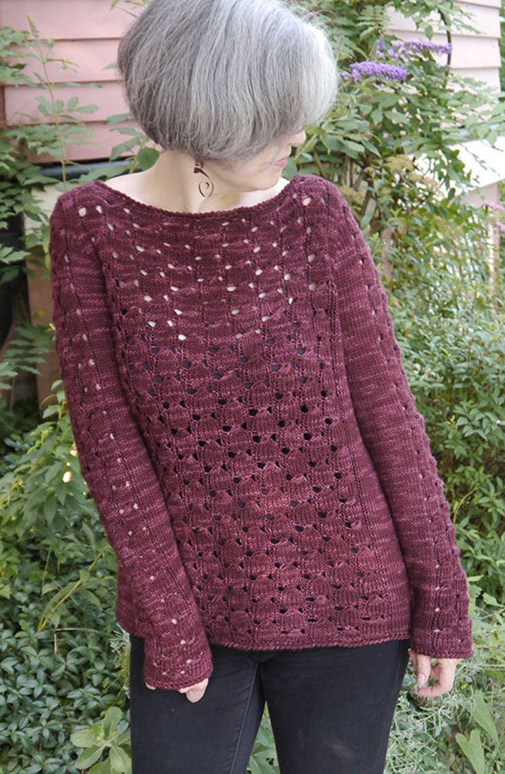 Lace Knitting Patterns For Sweaters : What a pretty lace cluster stitch in this knitted pullover