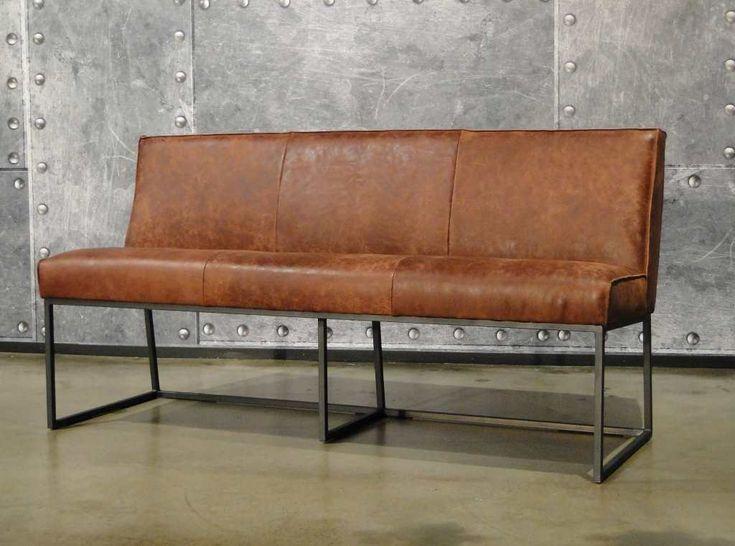 Vintage stoel en andere leren eetkamerstoelen vindt u bij for Eettafel stoelen cognac