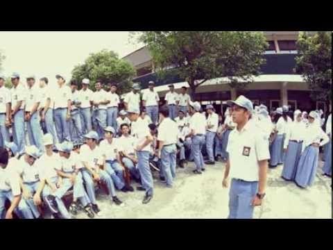 Dokumenter SMAN 3 Surakarta, Buku tahuanan - yearbooks. http://www.ladapedas.com/