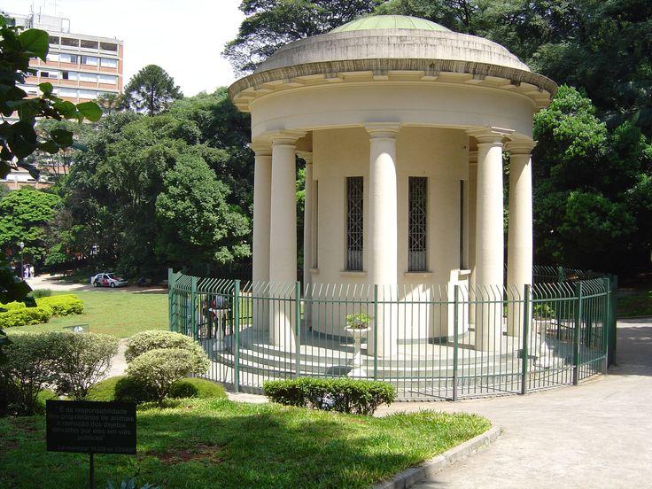 Praça Alexandre de Gusmão, parte do complexo do Parque Trianon ou Parque Tenente Siqueira Campos (Foto: Sergio Tauhata)