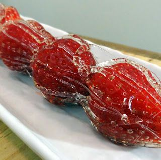 Miss Mochi's Adventures: Strawberry Bing Tanghulu (冰糖葫芦)