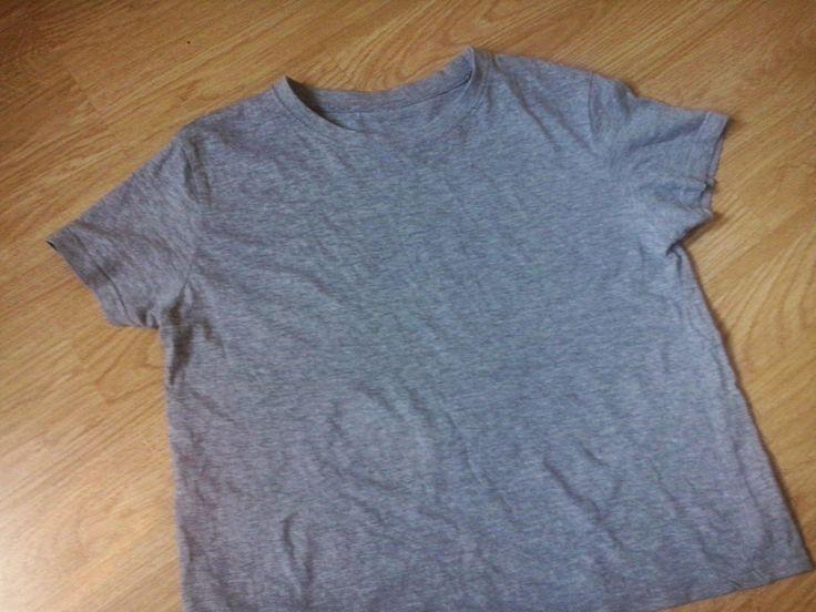 hermosos: Niedzielna nuda- DIY T-shirt  Jak przerobić zwykły szary T-shirt.