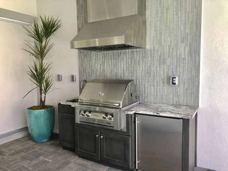 Team Platinum of Naples Outdoor kitchen, Double wall